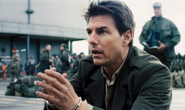 Powerful scenes—Tom Cruise, as major Cage in Edge of Tomorrow